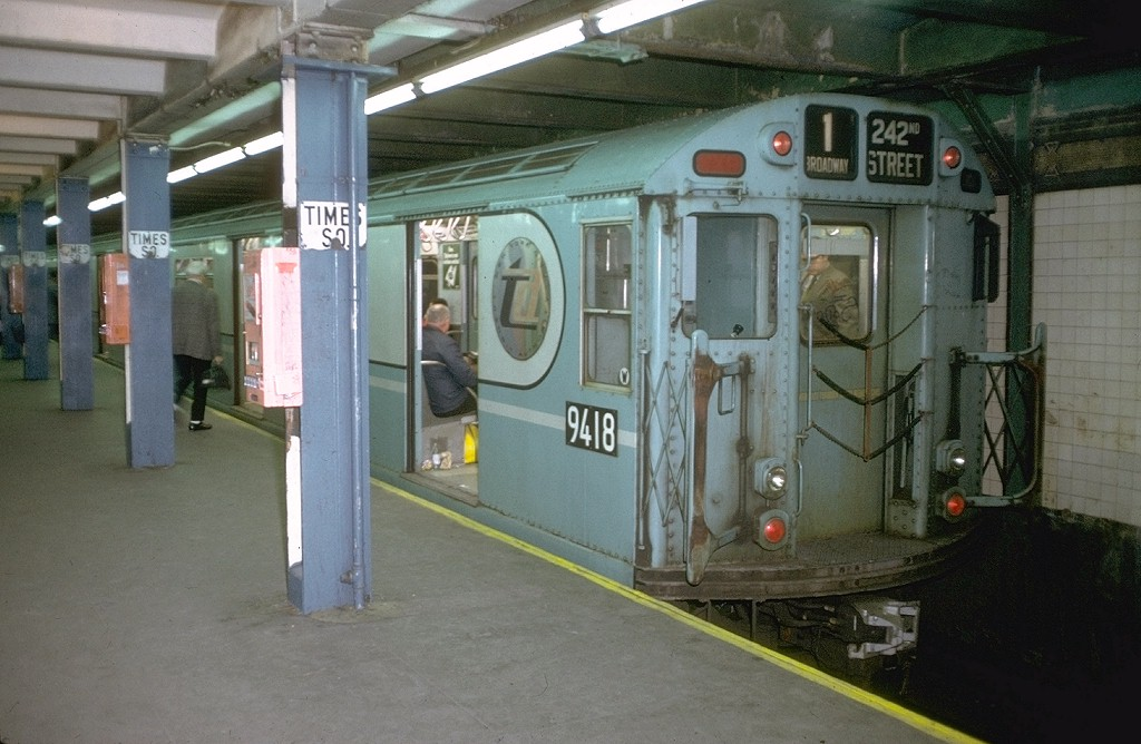 (176k, 1024x668)<br><b>Country:</b> United States<br><b>City:</b> New York<br><b>System:</b> New York City Transit<br><b>Line:</b> IRT West Side Line<br><b>Location:</b> Times Square/42nd Street <br><b>Route:</b> 1<br><b>Car:</b> R-36 World's Fair (St. Louis, 1963-64) 9418 <br><b>Photo by:</b> Joe Testagrose<br><b>Date:</b> 5/22/1972<br><b>Viewed (this week/total):</b> 4 / 7027