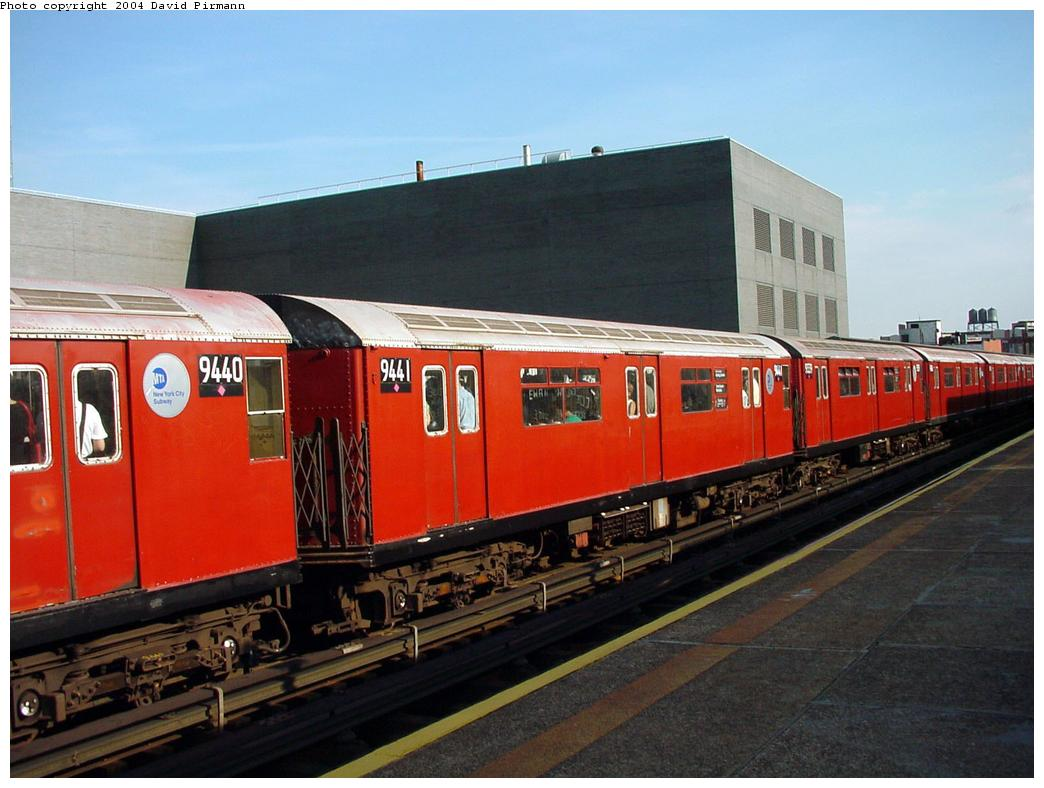 (116k, 1044x788)<br><b>Country:</b> United States<br><b>City:</b> New York<br><b>System:</b> New York City Transit<br><b>Line:</b> IRT Flushing Line<br><b>Location:</b> Court House Square/45th Road <br><b>Route:</b> 7<br><b>Car:</b> R-36 World's Fair (St. Louis, 1963-64) 9441 <br><b>Photo by:</b> David Pirmann<br><b>Date:</b> 7/16/2001<br><b>Viewed (this week/total):</b> 8 / 3414