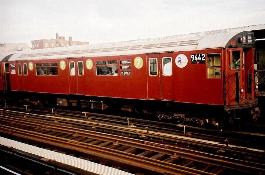 (85k, 870x576)<br><b>Country:</b> United States<br><b>City:</b> New York<br><b>System:</b> New York City Transit<br><b>Line:</b> IRT Flushing Line<br><b>Location:</b> 74th Street/Broadway <br><b>Route:</b> 7<br><b>Car:</b> R-36 World's Fair (St. Louis, 1963-64) 9442 <br><b>Photo by:</b> Gary Chatterton<br><b>Date:</b> 8/2002<br><b>Viewed (this week/total):</b> 1 / 2804