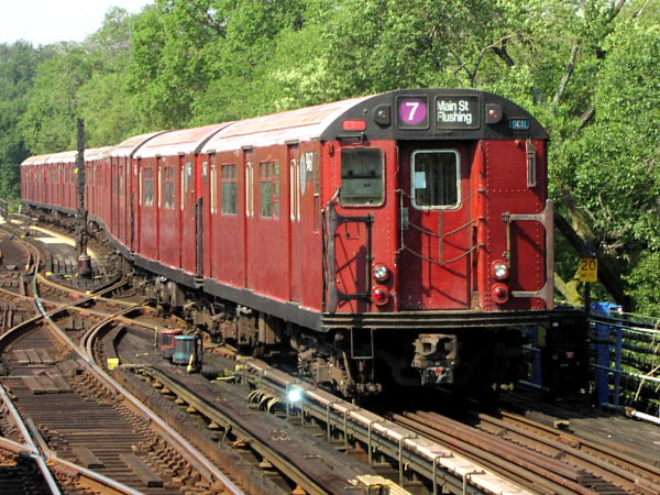 (114k, 600x450)<br><b>Country:</b> United States<br><b>City:</b> New York<br><b>System:</b> New York City Transit<br><b>Line:</b> IRT Flushing Line<br><b>Location:</b> Willets Point/Mets (fmr. Shea Stadium) <br><b>Route:</b> 7<br><b>Car:</b> R-36 World's Fair (St. Louis, 1963-64) 9467 <br><b>Photo by:</b> Trevor Logan<br><b>Date:</b> 8/24/2001<br><b>Viewed (this week/total):</b> 4 / 4402