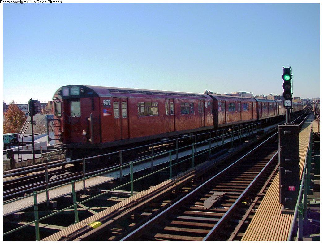 (228k, 1044x788)<br><b>Country:</b> United States<br><b>City:</b> New York<br><b>System:</b> New York City Transit<br><b>Line:</b> IRT Flushing Line<br><b>Location:</b> Junction Boulevard <br><b>Route:</b> 7<br><b>Car:</b> R-36 World's Fair (St. Louis, 1963-64) 9472 <br><b>Photo by:</b> David Pirmann<br><b>Date:</b> 11/11/2001<br><b>Viewed (this week/total):</b> 2 / 4527
