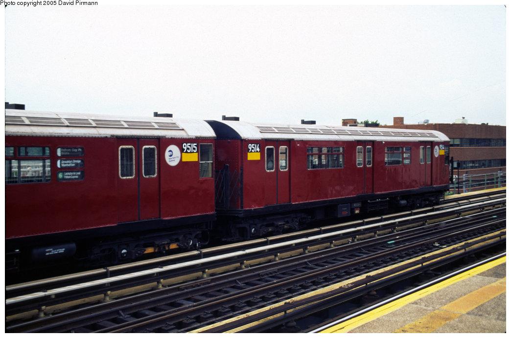 (161k, 1044x690)<br><b>Country:</b> United States<br><b>City:</b> New York<br><b>System:</b> New York City Transit<br><b>Line:</b> IRT Pelham Line<br><b>Location:</b> Zerega Avenue<br><b>Route:</b> 6<br><b>Car:</b> R-36 World's Fair (St. Louis, 1963-64) 9515 <br><b>Photo by:</b> David Pirmann<br><b>Date:</b> 7/21/1999<br><b>Viewed (this week/total):</b> 3 / 4617