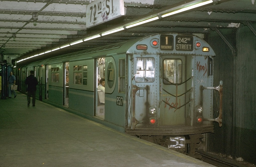(187k, 1024x668)<br><b>Country:</b> United States<br><b>City:</b> New York<br><b>System:</b> New York City Transit<br><b>Line:</b> IRT West Side Line<br><b>Location:</b> 72nd Street <br><b>Route:</b> 1<br><b>Car:</b> R-36 World's Fair (St. Louis, 1963-64) 9517 <br><b>Photo by:</b> Joe Testagrose<br><b>Date:</b> 5/22/1972<br><b>Viewed (this week/total):</b> 5 / 4175