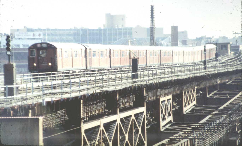 (92k, 1370x827)<br><b>Country:</b> United States<br><b>City:</b> New York<br><b>System:</b> New York City Transit<br><b>Line:</b> IRT Flushing Line<br><b>Location:</b> Queensborough Plaza <br><b>Route:</b> 7<br><b>Car:</b> R-36 World's Fair (St. Louis, 1963-64) 9558 <br><b>Photo by:</b> Harold<br><b>Viewed (this week/total):</b> 0 / 5549