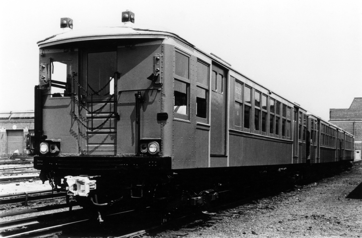 (98k, 710x575)<br><b>Country:</b> United States<br><b>City:</b> New York<br><b>System:</b> New York City Transit<br><b>Location:</b> Corona Yard<br><b>Car:</b> R-36 World's Fair (St. Louis, 1963-64) 9558 <br><b>Collection of:</b> Sanford Gardner<br><b>Viewed (this week/total):</b> 0 / 4504