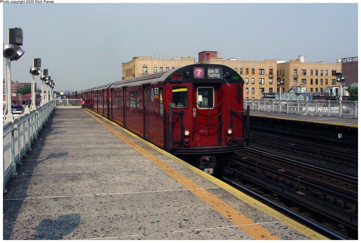 (62k, 820x620)<br><b>Country:</b> United States<br><b>City:</b> New York<br><b>System:</b> New York City Transit<br><b>Line:</b> IRT Flushing Line<br><b>Location:</b> 90th Street/Elmhurst Avenue <br><b>Route:</b> 7<br><b>Car:</b> R-36 World's Fair (St. Louis, 1963-64) 9570 <br><b>Photo by:</b> Richard Panse<br><b>Date:</b> 7/18/2002<br><b>Viewed (this week/total):</b> 1 / 4407