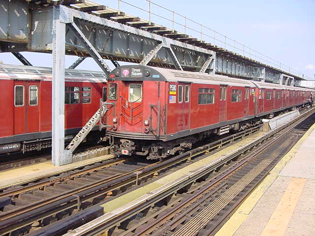 (59k, 640x480)<br><b>Country:</b> United States<br><b>City:</b> New York<br><b>System:</b> New York City Transit<br><b>Line:</b> IRT Flushing Line<br><b>Location:</b> 111th Street <br><b>Route:</b> 7<br><b>Car:</b> R-36 World's Fair (St. Louis, 1963-64) 9580 <br><b>Photo by:</b> Salaam Allah<br><b>Date:</b> 9/21/2002<br><b>Viewed (this week/total):</b> 1 / 4270