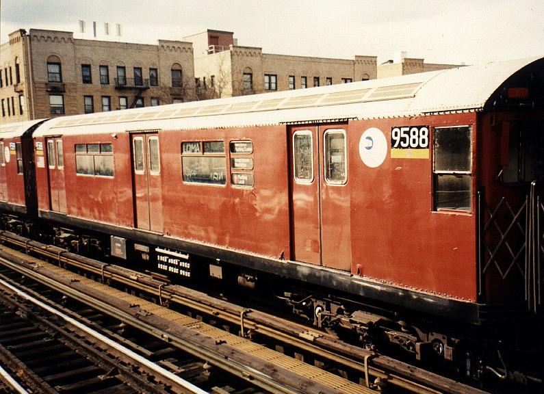(92k, 795x576)<br><b>Country:</b> United States<br><b>City:</b> New York<br><b>System:</b> New York City Transit<br><b>Line:</b> IRT Flushing Line<br><b>Location:</b> 90th Street/Elmhurst Avenue <br><b>Route:</b> 7<br><b>Car:</b> R-36 World's Fair (St. Louis, 1963-64) 9588 <br><b>Photo by:</b> Gary Chatterton<br><b>Date:</b> 3/4/2002<br><b>Viewed (this week/total):</b> 1 / 4598