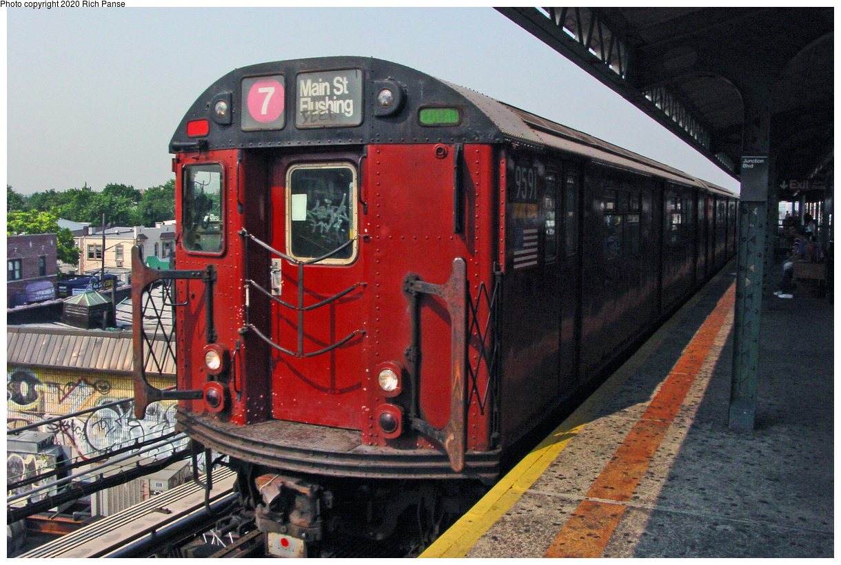 (58k, 820x620)<br><b>Country:</b> United States<br><b>City:</b> New York<br><b>System:</b> New York City Transit<br><b>Line:</b> IRT Flushing Line<br><b>Location:</b> Junction Boulevard <br><b>Route:</b> 7<br><b>Car:</b> R-36 World's Fair (St. Louis, 1963-64) 9591 <br><b>Photo by:</b> Richard Panse<br><b>Date:</b> 7/18/2002<br><b>Viewed (this week/total):</b> 0 / 3121