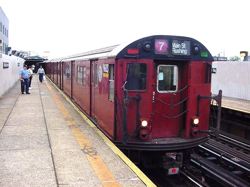(82k, 800x600)<br><b>Country:</b> United States<br><b>City:</b> New York<br><b>System:</b> New York City Transit<br><b>Line:</b> IRT Flushing Line<br><b>Location:</b> Court House Square/45th Road <br><b>Route:</b> 7<br><b>Car:</b> R-36 World's Fair (St. Louis, 1963-64) 9603 <br><b>Photo by:</b> Salaam Allah<br><b>Date:</b> 9/21/2002<br><b>Viewed (this week/total):</b> 3 / 2490