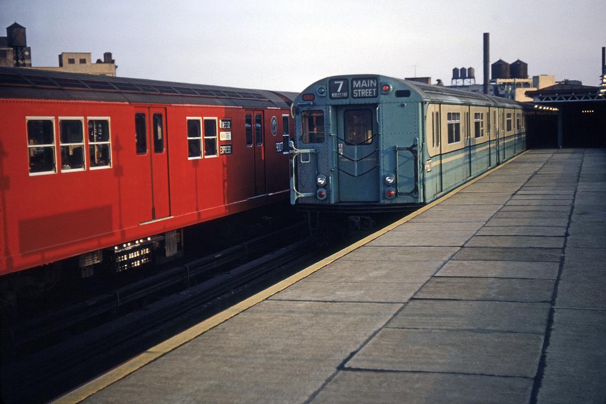 (387k, 1044x692)<br><b>Country:</b> United States<br><b>City:</b> New York<br><b>System:</b> New York City Transit<br><b>Line:</b> IRT Flushing Line<br><b>Location:</b> Court House Square/45th Road <br><b>Route:</b> 7<br><b>Car:</b> R-36 World's Fair (St. Louis, 1963-64) 9607 <br><b>Collection of:</b> David Pirmann<br><b>Date:</b> 5/4/1964<br><b>Viewed (this week/total):</b> 4 / 3656