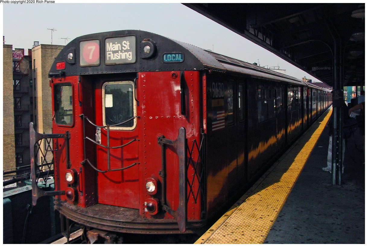 (54k, 820x620)<br><b>Country:</b> United States<br><b>City:</b> New York<br><b>System:</b> New York City Transit<br><b>Line:</b> IRT Flushing Line<br><b>Location:</b> 61st Street/Woodside <br><b>Route:</b> 7<br><b>Car:</b> R-36 World's Fair (St. Louis, 1963-64) 9630 <br><b>Photo by:</b> Richard Panse<br><b>Date:</b> 7/18/2002<br><b>Viewed (this week/total):</b> 2 / 2613