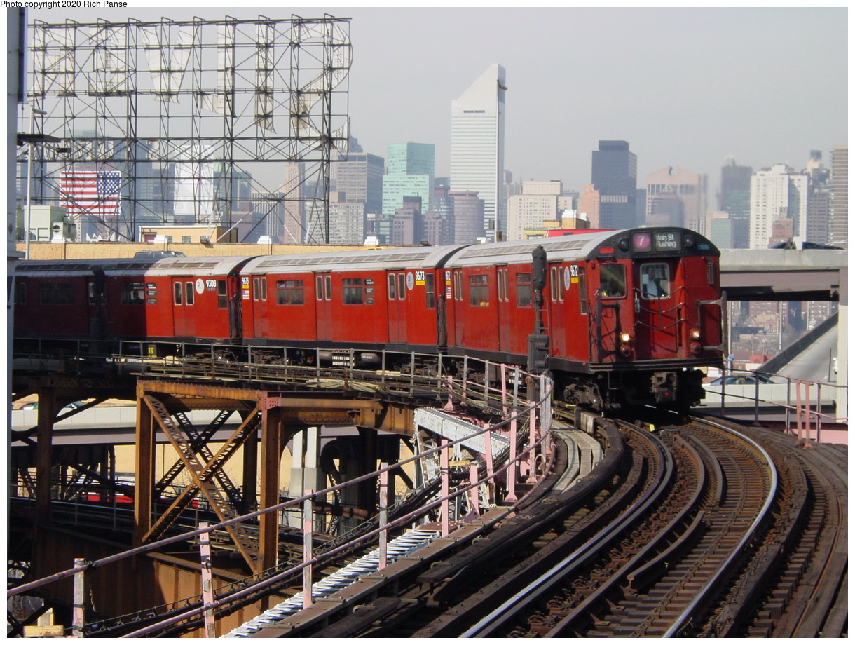 (107k, 820x620)<br><b>Country:</b> United States<br><b>City:</b> New York<br><b>System:</b> New York City Transit<br><b>Line:</b> IRT Flushing Line<br><b>Location:</b> Queensborough Plaza <br><b>Route:</b> 7<br><b>Car:</b> R-36 World's Fair (St. Louis, 1963-64) 9672 <br><b>Photo by:</b> Richard Panse<br><b>Date:</b> 3/7/2002<br><b>Viewed (this week/total):</b> 0 / 4253