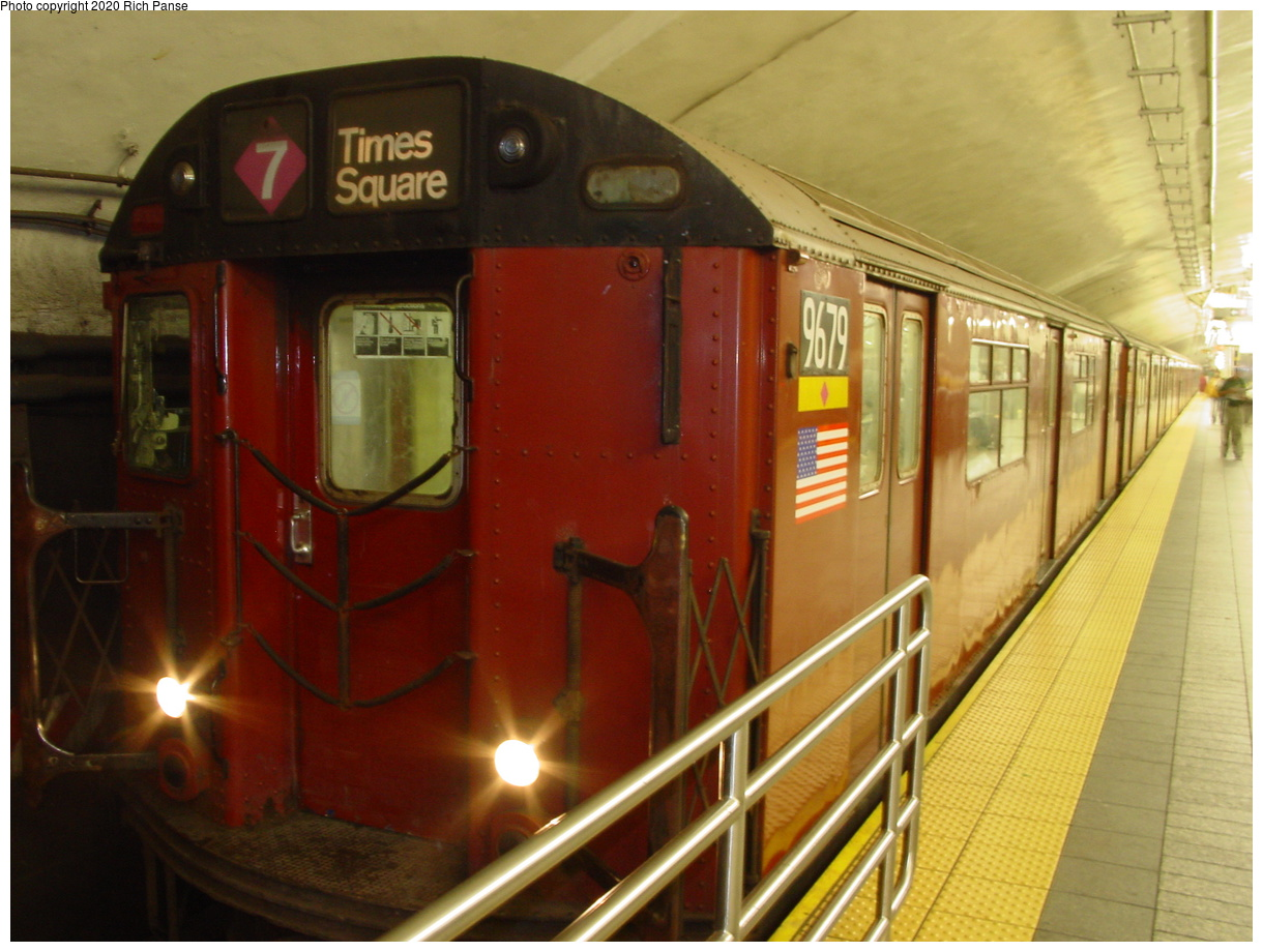 (67k, 820x620)<br><b>Country:</b> United States<br><b>City:</b> New York<br><b>System:</b> New York City Transit<br><b>Line:</b> IRT Flushing Line<br><b>Location:</b> Grand Central <br><b>Route:</b> 7<br><b>Car:</b> R-36 World's Fair (St. Louis, 1963-64) 9679 <br><b>Photo by:</b> Richard Panse<br><b>Date:</b> 7/18/2002<br><b>Viewed (this week/total):</b> 6 / 4040