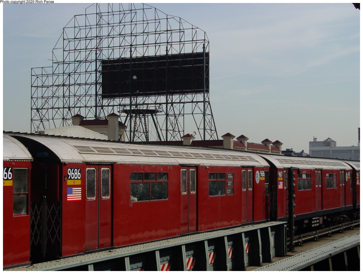 (81k, 820x620)<br><b>Country:</b> United States<br><b>City:</b> New York<br><b>System:</b> New York City Transit<br><b>Line:</b> IRT Flushing Line<br><b>Location:</b> 33rd Street/Rawson Street <br><b>Route:</b> 7<br><b>Car:</b> R-36 World's Fair (St. Louis, 1963-64) 9686 <br><b>Photo by:</b> Richard Panse<br><b>Date:</b> 3/7/2002<br><b>Viewed (this week/total):</b> 1 / 3073