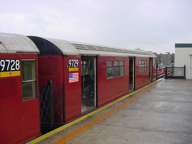 (59k, 640x480)<br><b>Country:</b> United States<br><b>City:</b> New York<br><b>System:</b> New York City Transit<br><b>Line:</b> IRT Flushing Line<br><b>Location:</b> 82nd Street/Jackson Heights <br><b>Route:</b> 7<br><b>Car:</b> R-36 World's Fair (St. Louis, 1963-64) 9729 <br><b>Photo by:</b> Salaam Allah<br><b>Date:</b> 9/26/2002<br><b>Viewed (this week/total):</b> 0 / 3001