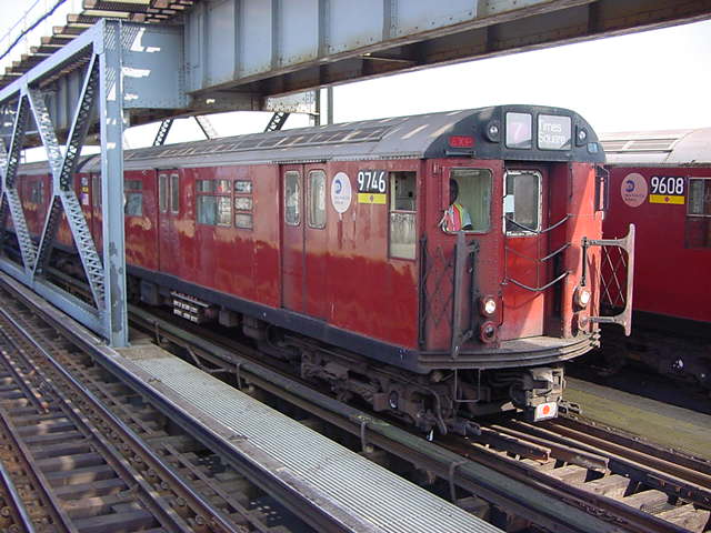 (60k, 640x480)<br><b>Country:</b> United States<br><b>City:</b> New York<br><b>System:</b> New York City Transit<br><b>Line:</b> IRT Flushing Line<br><b>Location:</b> 111th Street <br><b>Route:</b> 7<br><b>Car:</b> R-36 World's Fair (St. Louis, 1963-64) 9746 <br><b>Photo by:</b> Salaam Allah<br><b>Date:</b> 9/21/2002<br><b>Viewed (this week/total):</b> 1 / 4388