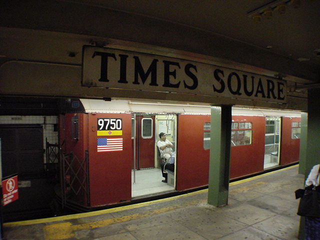 (61k, 640x480)<br><b>Country:</b> United States<br><b>City:</b> New York<br><b>System:</b> New York City Transit<br><b>Line:</b> IRT Flushing Line<br><b>Location:</b> Times Square <br><b>Car:</b> R-36 World's Fair (St. Louis, 1963-64) 9750 <br><b>Photo by:</b> Salaam Allah<br><b>Date:</b> 9/17/2002<br><b>Viewed (this week/total):</b> 6 / 4789
