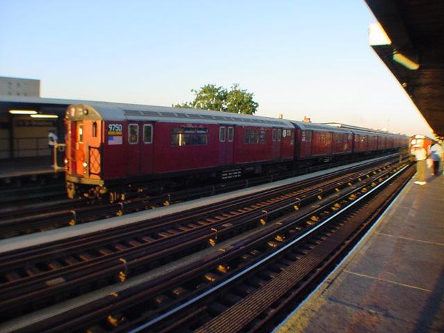 (59k, 640x480)<br><b>Country:</b> United States<br><b>City:</b> New York<br><b>System:</b> New York City Transit<br><b>Line:</b> IRT Flushing Line<br><b>Location:</b> 74th Street/Broadway <br><b>Route:</b> 7<br><b>Car:</b> R-36 World's Fair (St. Louis, 1963-64) 9750 <br><b>Photo by:</b> Salaam Allah<br><b>Date:</b> 9/17/2002<br><b>Viewed (this week/total):</b> 0 / 2398
