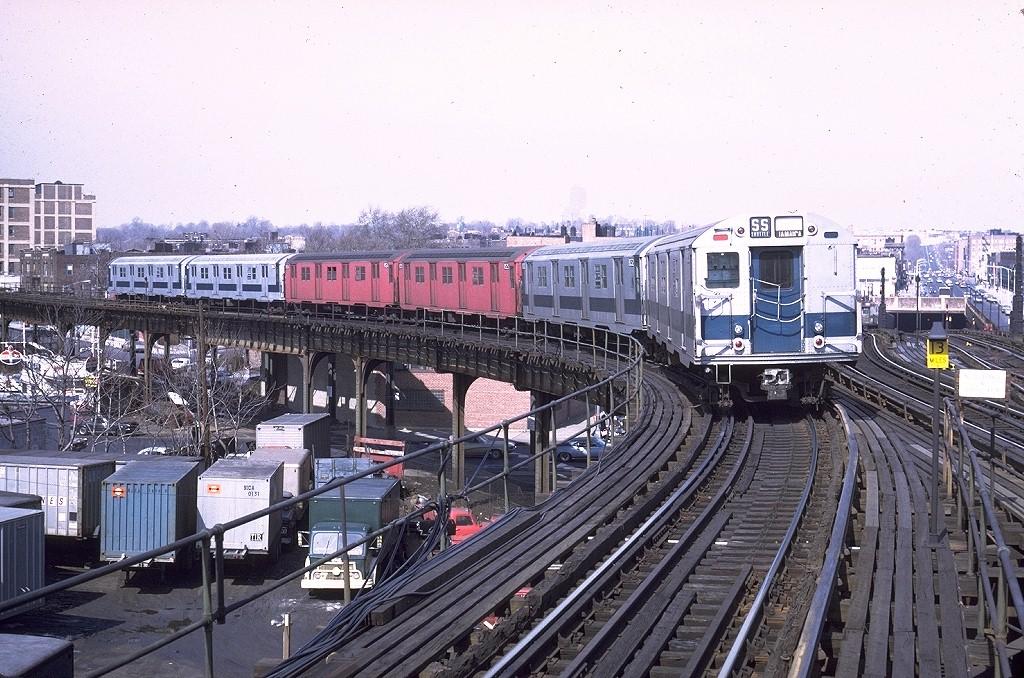 (249k, 1024x678)<br><b>Country:</b> United States<br><b>City:</b> New York<br><b>System:</b> New York City Transit<br><b>Line:</b> BMT Culver Line<br><b>Location:</b> Ditmas Avenue-Shuttle<br><b>Route:</b> Culver Shuttle<br><b>Car:</b> R-27 (St. Louis, 1960)  8033 <br><b>Photo by:</b> Steve Zabel<br><b>Collection of:</b> Joe Testagrose<br><b>Date:</b> 3/6/1971<br><b>Viewed (this week/total):</b> 0 / 6439