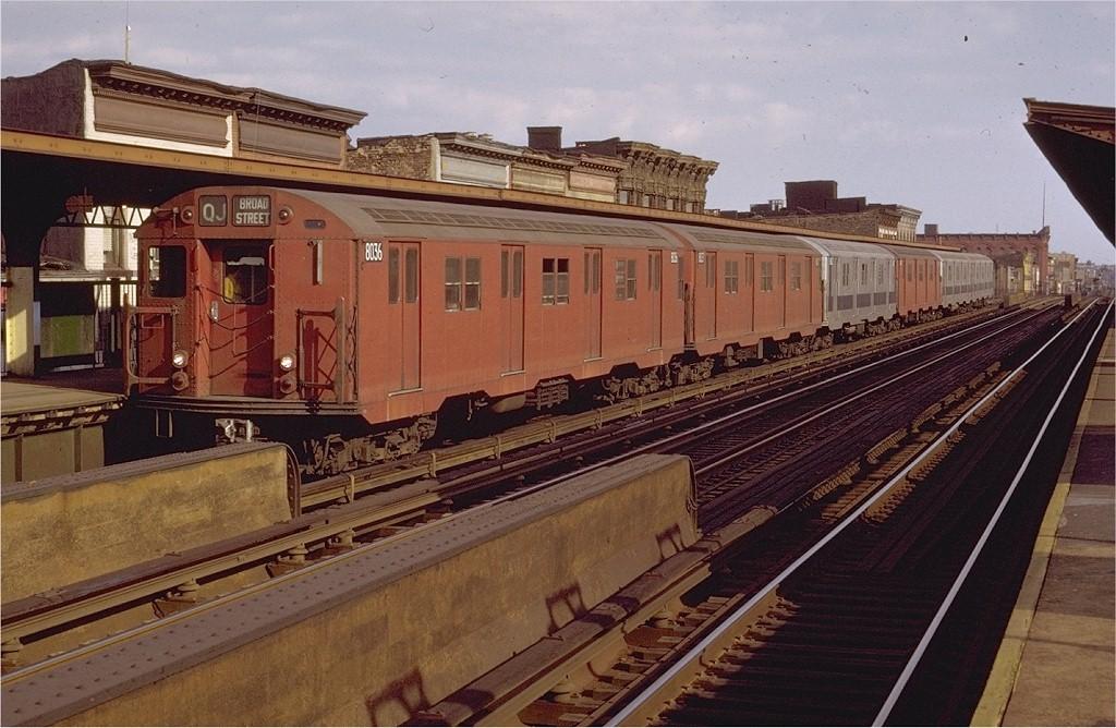 (209k, 1024x668)<br><b>Country:</b> United States<br><b>City:</b> New York<br><b>System:</b> New York City Transit<br><b>Line:</b> BMT Nassau Street/Jamaica Line<br><b>Location:</b> Kosciuszko Street <br><b>Route:</b> QJ<br><b>Car:</b> R-27 (St. Louis, 1960)  8036 <br><b>Photo by:</b> Joe Testagrose<br><b>Date:</b> 9/25/1971<br><b>Viewed (this week/total):</b> 3 / 4410
