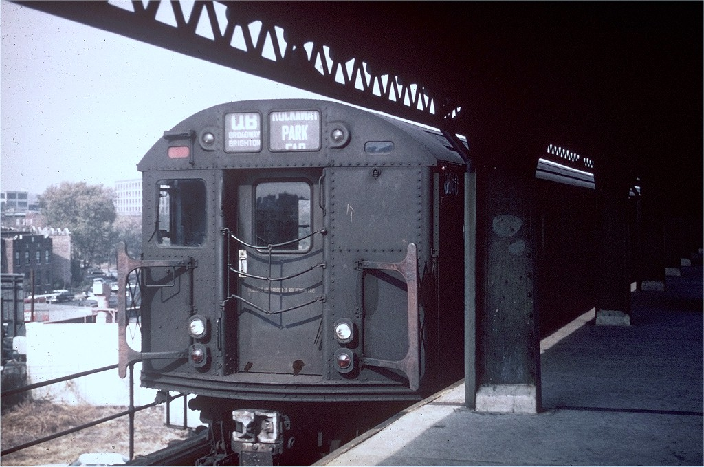 (201k, 1024x679)<br><b>Country:</b> United States<br><b>City:</b> New York<br><b>System:</b> New York City Transit<br><b>Line:</b> BMT Culver Line<br><b>Location:</b> Ditmas Avenue-Shuttle<br><b>Route:</b> Culver Shuttle<br><b>Car:</b> R-27 (St. Louis, 1960)  8040 <br><b>Photo by:</b> Doug Grotjahn<br><b>Collection of:</b> Joe Testagrose<br><b>Date:</b> 11/7/1965<br><b>Viewed (this week/total):</b> 0 / 4421