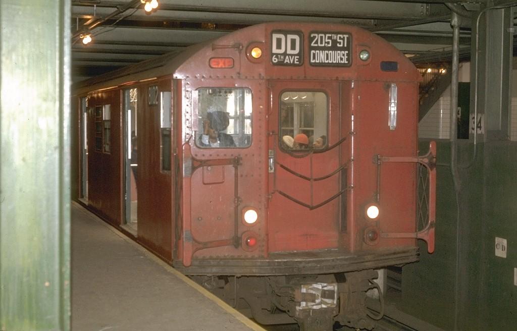 (150k, 1024x656)<br><b>Country:</b> United States<br><b>City:</b> New York<br><b>System:</b> New York City Transit<br><b>Line:</b> IND 6th Avenue Line<br><b>Location:</b> 34th Street/Herald Square <br><b>Route:</b> D<br><b>Car:</b> R-27 (St. Louis, 1960)  8102 <br><b>Photo by:</b> Joe Testagrose<br><b>Date:</b> 5/6/1970<br><b>Viewed (this week/total):</b> 1 / 4869