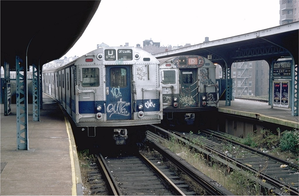 (202k, 1024x670)<br><b>Country:</b> United States<br><b>City:</b> New York<br><b>System:</b> New York City Transit<br><b>Line:</b> BMT Brighton Line<br><b>Location:</b> Ocean Parkway<br><b>Route:</b> D<br><b>Car:</b> R-27 (St. Louis, 1960) 8160 <br><b>Photo by:</b> Doug Grotjahn<br><b>Collection of:</b> Joe Testagrose<br><b>Date:</b> 11/22/1979<br><b>Viewed (this week/total):</b> 1 / 6462