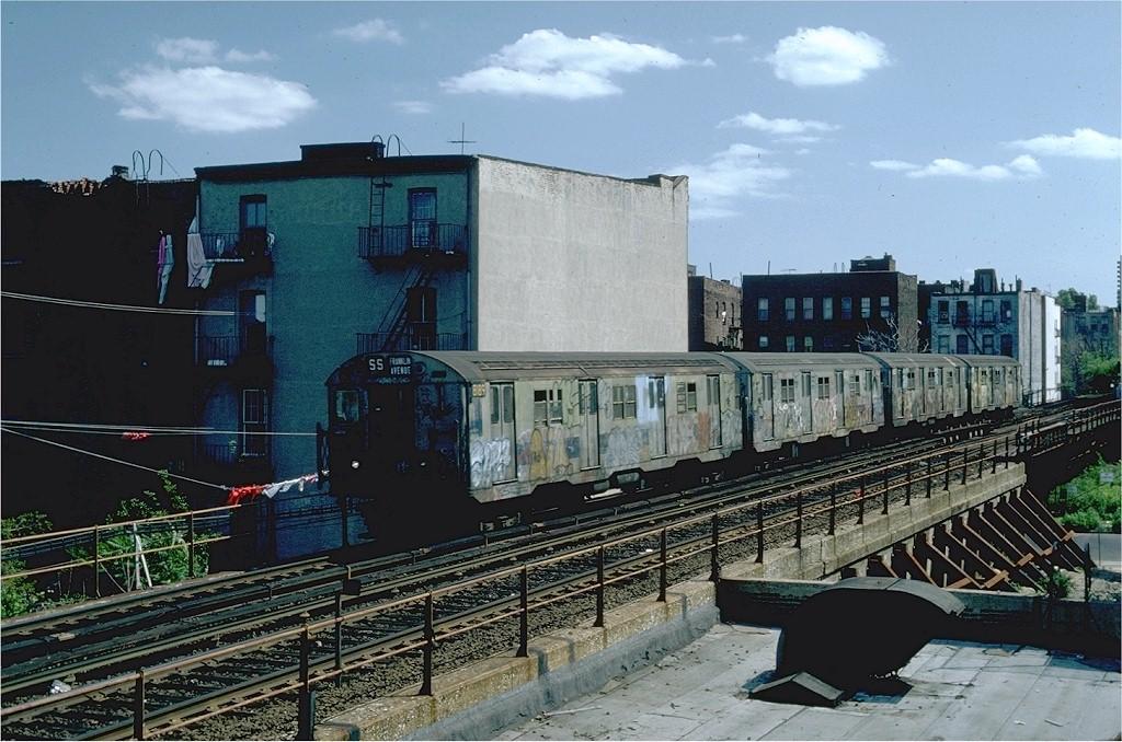 (219k, 1024x678)<br><b>Country:</b> United States<br><b>City:</b> New York<br><b>System:</b> New York City Transit<br><b>Line:</b> BMT Franklin<br><b>Location:</b> Dean Street <br><b>Route:</b> Franklin Shuttle<br><b>Car:</b> R-27 (St. Louis, 1960)  8189 <br><b>Photo by:</b> Steve Zabel<br><b>Collection of:</b> Joe Testagrose<br><b>Date:</b> 6/20/1982<br><b>Viewed (this week/total):</b> 0 / 10813