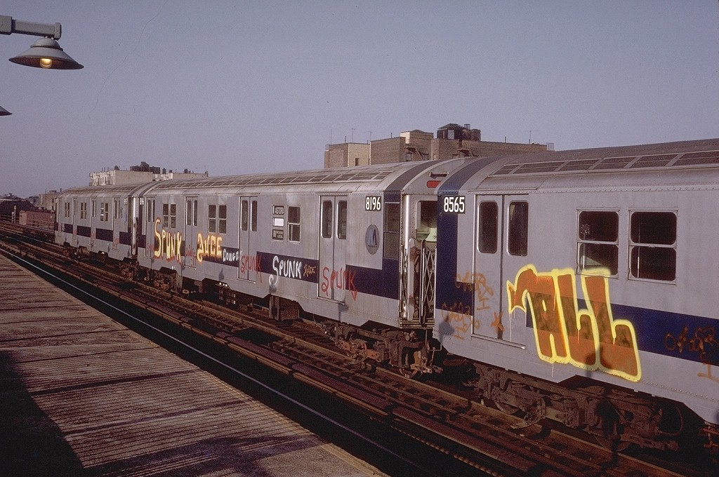 (213k, 1024x680)<br><b>Country:</b> United States<br><b>City:</b> New York<br><b>System:</b> New York City Transit<br><b>Line:</b> BMT Astoria Line<br><b>Location:</b> 36th/Washington Aves. <br><b>Route:</b> RR<br><b>Car:</b> R-27 (St. Louis, 1960)  8196 <br><b>Photo by:</b> Steve Zabel<br><b>Collection of:</b> Joe Testagrose<br><b>Date:</b> 5/14/1974<br><b>Viewed (this week/total):</b> 3 / 4235