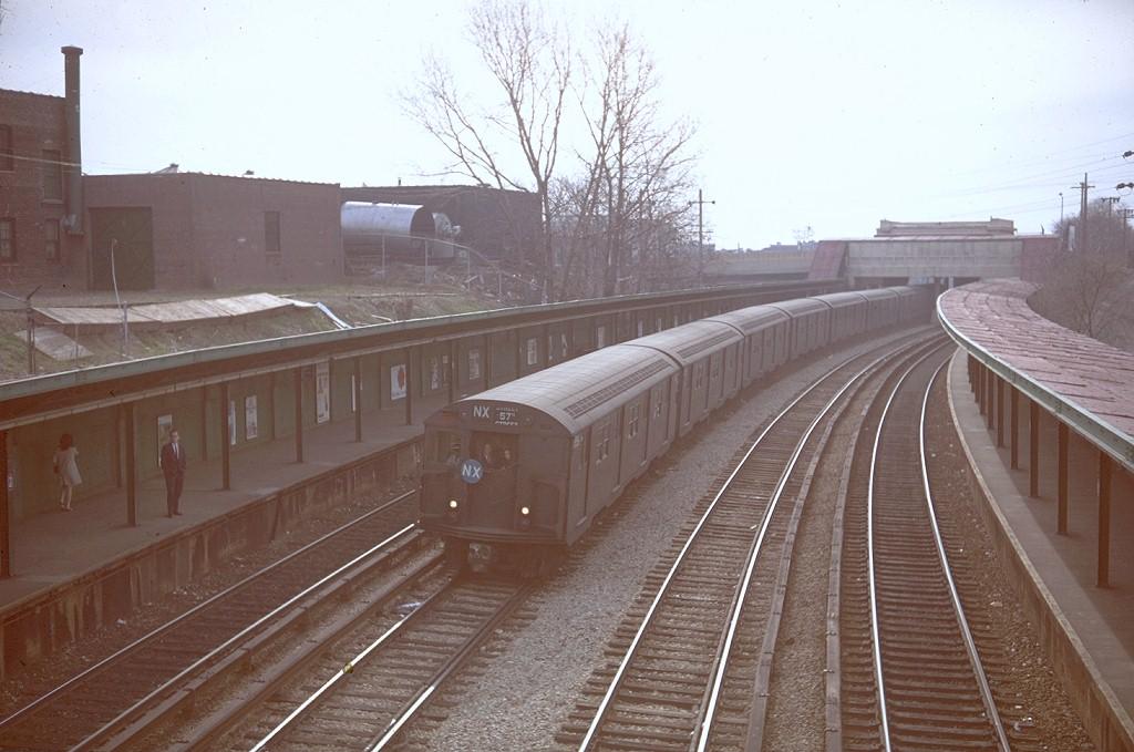 (176k, 1024x679)<br><b>Country:</b> United States<br><b>City:</b> New York<br><b>System:</b> New York City Transit<br><b>Line:</b> BMT Sea Beach Line<br><b>Location:</b> 8th Avenue <br><b>Route:</b> NX<br><b>Car:</b> R-27/R-30 Series (Number Unknown)  <br><b>Photo by:</b> Doug Grotjahn<br><b>Collection of:</b> Joe Testagrose<br><b>Date:</b> 4/11/1968<br><b>Viewed (this week/total):</b> 2 / 4741