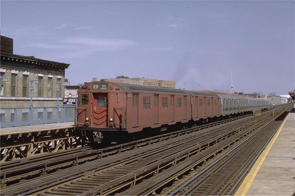 (231k, 1024x680)<br><b>Country:</b> United States<br><b>City:</b> New York<br><b>System:</b> New York City Transit<br><b>Line:</b> BMT Astoria Line<br><b>Location:</b> 30th/Grand Aves. <br><b>Route:</b> RR<br><b>Car:</b> R-30 (St. Louis, 1961) 8274 <br><b>Photo by:</b> Joe Testagrose<br><b>Date:</b> 3/28/1971<br><b>Viewed (this week/total):</b> 0 / 2845