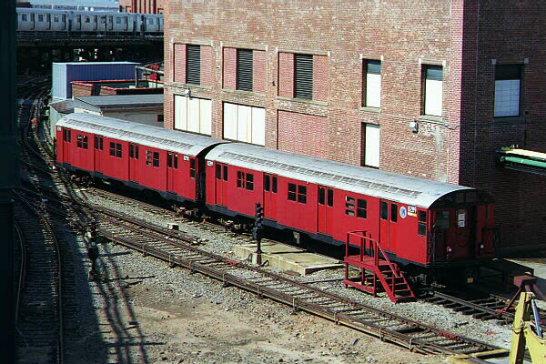 (158k, 600x400)<br><b>Country:</b> United States<br><b>City:</b> New York<br><b>System:</b> New York City Transit<br><b>Location:</b> Coney Island Yard-Training Facilities<br><b>Car:</b> R-30 (St. Louis, 1961) 8289 <br><b>Photo by:</b> Sidney Keyles<br><b>Date:</b> 5/22/1999<br><b>Viewed (this week/total):</b> 4 / 8888