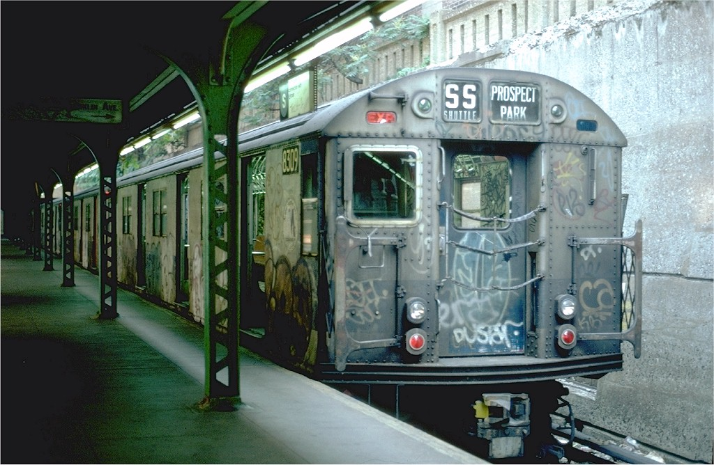 (204k, 1024x668)<br><b>Country:</b> United States<br><b>City:</b> New York<br><b>System:</b> New York City Transit<br><b>Line:</b> BMT Franklin<br><b>Location:</b> Prospect Park <br><b>Route:</b> Franklin Shuttle<br><b>Car:</b> R-30 (St. Louis, 1961) 8309 <br><b>Photo by:</b> Steve Zabel<br><b>Collection of:</b> Joe Testagrose<br><b>Date:</b> 6/26/1982<br><b>Viewed (this week/total):</b> 3 / 5352