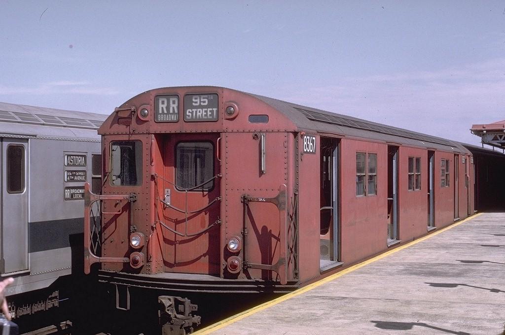 (194k, 1024x680)<br><b>Country:</b> United States<br><b>City:</b> New York<br><b>System:</b> New York City Transit<br><b>Line:</b> BMT Astoria Line<br><b>Location:</b> 36th/Washington Aves. <br><b>Route:</b> RR<br><b>Car:</b> R-30 (St. Louis, 1961) 8367 <br><b>Photo by:</b> Joe Testagrose<br><b>Date:</b> 3/28/1971<br><b>Viewed (this week/total):</b> 0 / 2984