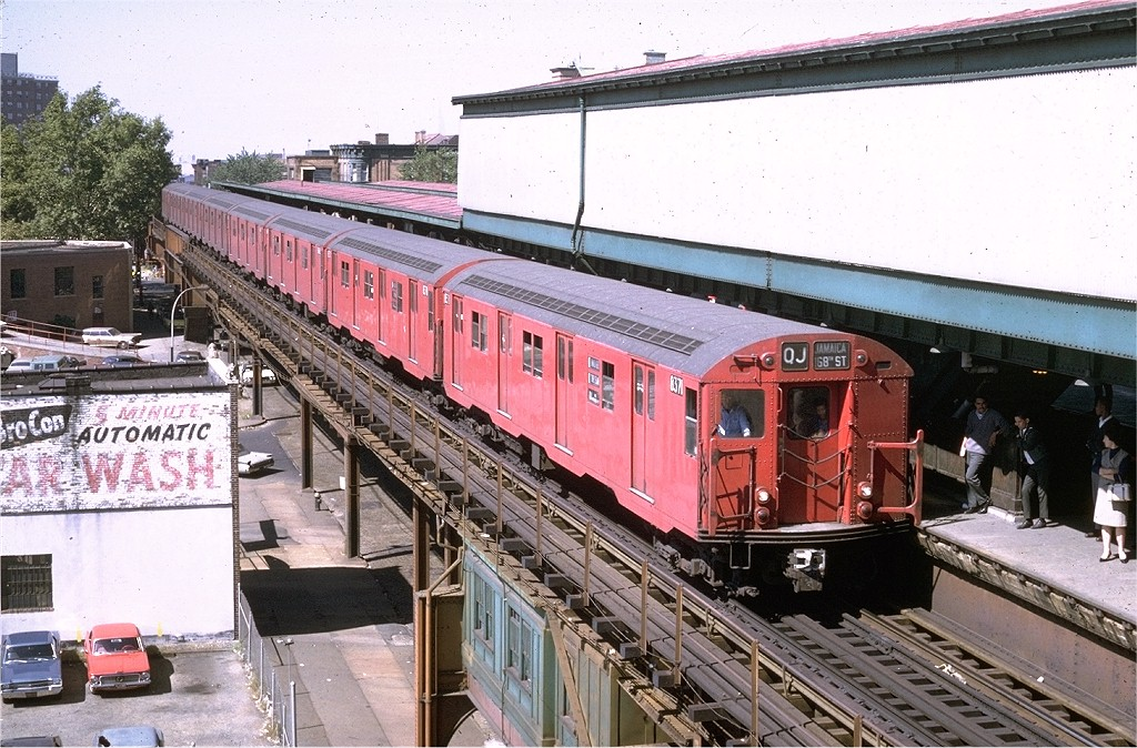 (249k, 1024x674)<br><b>Country:</b> United States<br><b>City:</b> New York<br><b>System:</b> New York City Transit<br><b>Line:</b> BMT Nassau Street/Jamaica Line<br><b>Location:</b> Broadway/East New York (Broadway Junction) <br><b>Route:</b> QJ<br><b>Car:</b> R-30 (St. Louis, 1961) 8371 <br><b>Photo by:</b> Doug Grotjahn<br><b>Collection of:</b> Joe Testagrose<br><b>Date:</b> 9/22/1969<br><b>Viewed (this week/total):</b> 2 / 4739