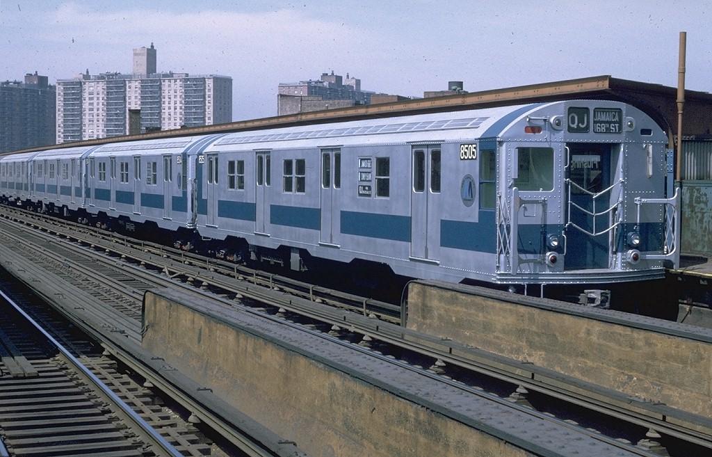 (221k, 1024x657)<br><b>Country:</b> United States<br><b>City:</b> New York<br><b>System:</b> New York City Transit<br><b>Line:</b> BMT Nassau Street/Jamaica Line<br><b>Location:</b> Flushing Avenue <br><b>Route:</b> QJ<br><b>Car:</b> R-30 (St. Louis, 1961) 8505 <br><b>Photo by:</b> Doug Grotjahn<br><b>Collection of:</b> Joe Testagrose<br><b>Date:</b> 4/9/1971<br><b>Viewed (this week/total):</b> 0 / 9485