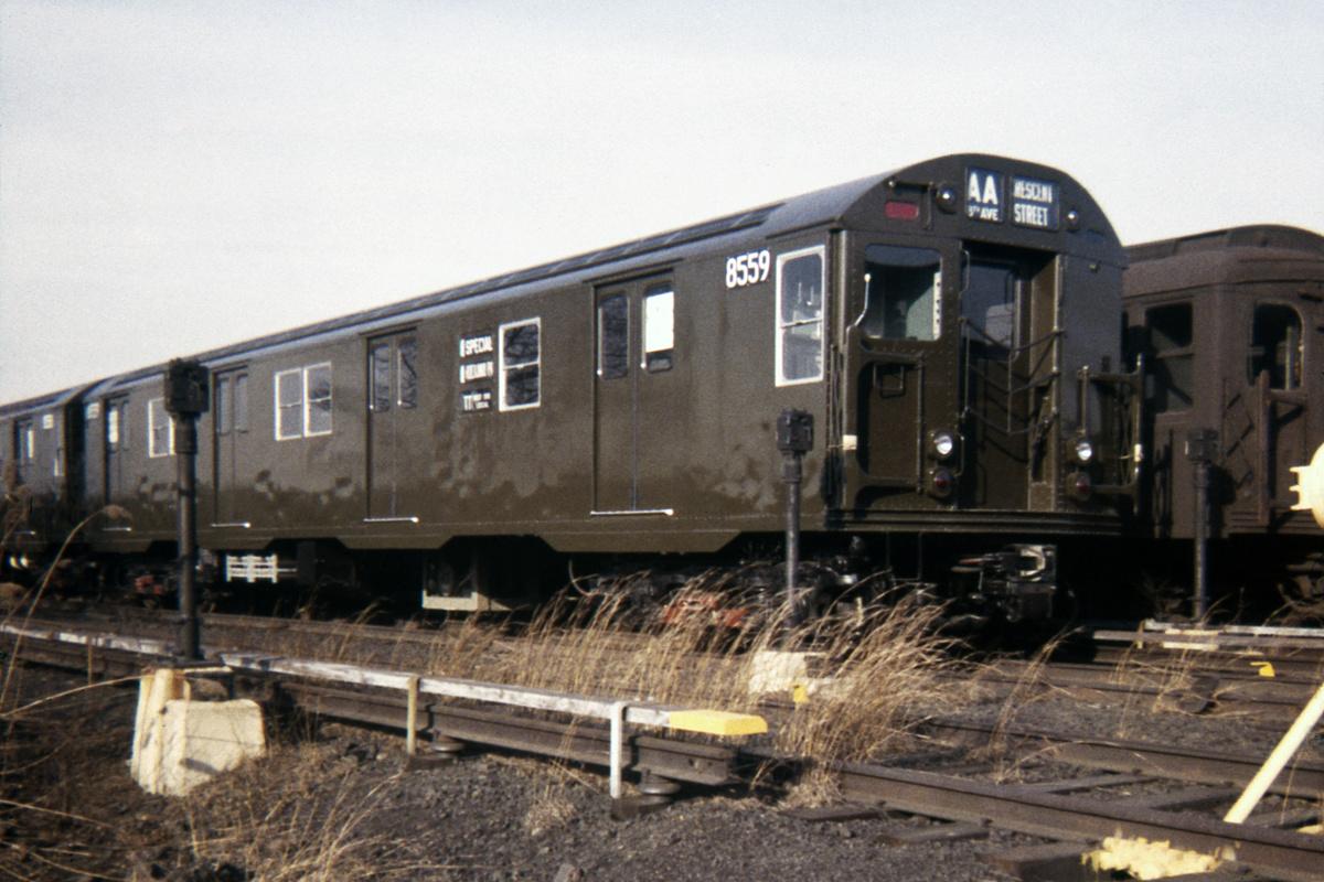 (413k, 1024x683)<br><b>Country:</b> United States<br><b>City:</b> New York<br><b>System:</b> New York City Transit<br><b>Location:</b> Coney Island Yard<br><b>Car:</b> R-30 (St. Louis, 1961) 8559 <br><b>Collection of:</b> David Pirmann<br><b>Date:</b> 2/18/1962<br><b>Viewed (this week/total):</b> 0 / 4458