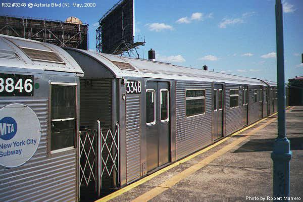 (77k, 600x400)<br><b>Country:</b> United States<br><b>City:</b> New York<br><b>System:</b> New York City Transit<br><b>Line:</b> BMT Astoria Line<br><b>Location:</b> Astoria Boulevard/Hoyt Avenue <br><b>Route:</b> N<br><b>Car:</b> R-32 (Budd, 1964)  3348 <br><b>Photo by:</b> Robert Marrero<br><b>Date:</b> 5/2000<br><b>Viewed (this week/total):</b> 0 / 17184