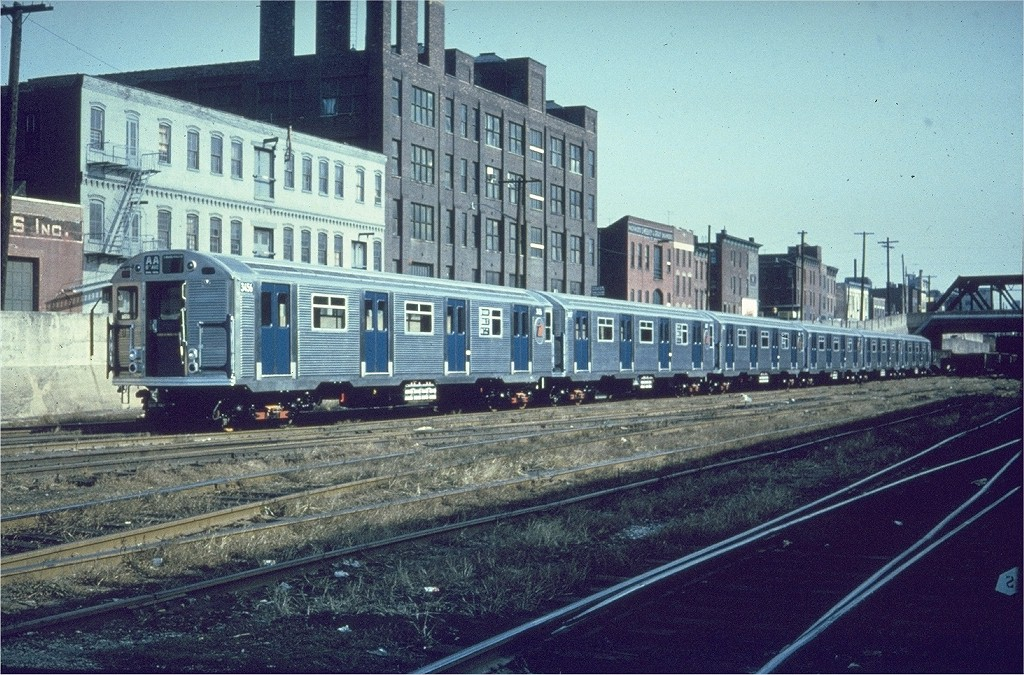 (258k, 1024x675)<br><b>Country:</b> United States<br><b>City:</b> New York<br><b>System:</b> Long Island Rail Road<br><b>Line:</b> LIRR Long Island City<br><b>Location:</b> Long Island City <br><b>Car:</b> R-32 (Budd, 1964)  3456 <br><b>Photo by:</b> Gerald H. Landau<br><b>Collection of:</b> Joe Testagrose<br><b>Date:</b> 11/1964<br><b>Viewed (this week/total):</b> 1 / 5892