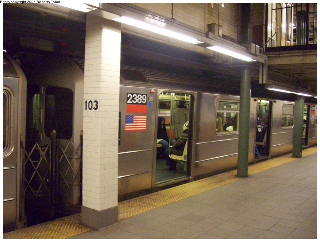 (214k, 1044x791)<br><b>Country:</b> United States<br><b>City:</b> New York<br><b>System:</b> New York City Transit<br><b>Line:</b> IRT West Side Line<br><b>Location:</b> 103rd Street <br><b>Route:</b> 1<br><b>Car:</b> R-62A (Bombardier, 1984-1987)  2389 <br><b>Photo by:</b> Roberto C. Tobar<br><b>Date:</b> 1/19/2008<br><b>Viewed (this week/total):</b> 3 / 2699
