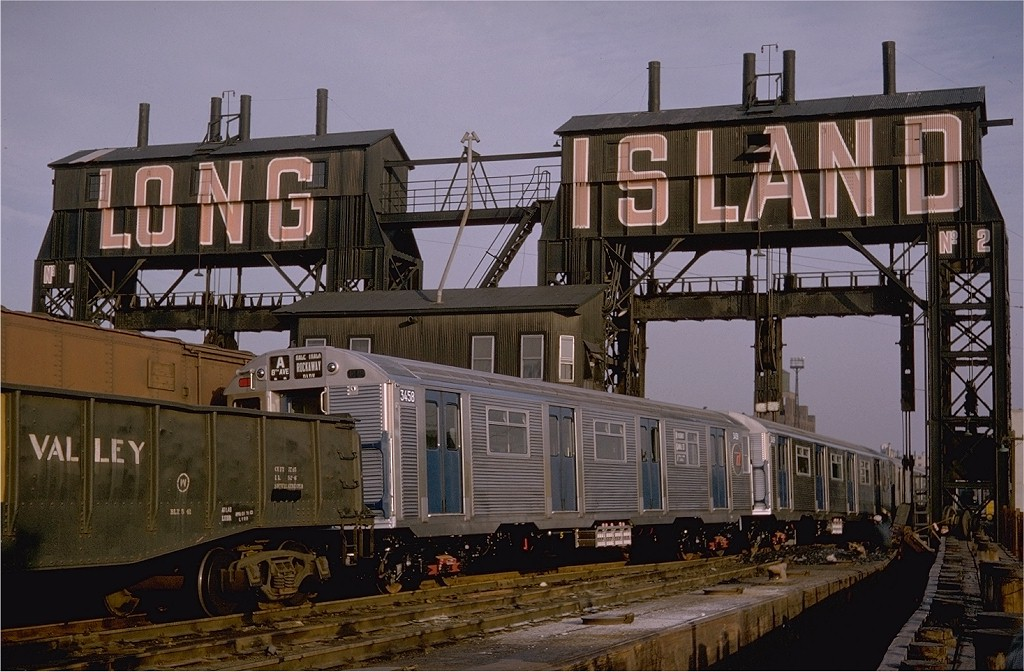 (206k, 1024x672)<br><b>Country:</b> United States<br><b>City:</b> New York<br><b>System:</b> Long Island Rail Road<br><b>Line:</b> LIRR Long Island City<br><b>Location:</b> Long Island City <br><b>Car:</b> R-32 (Budd, 1964)  3458 <br><b>Photo by:</b> Gerald H. Landau<br><b>Collection of:</b> Joe Testagrose<br><b>Date:</b> 11/1964<br><b>Viewed (this week/total):</b> 0 / 6176