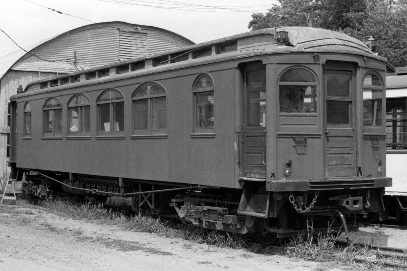 (85k, 710x575)<br><b>Country:</b> United States<br><b>City:</b> New York<br><b>System:</b> Long Island Rail Road<br><b>Line:</b> LIRR Long Island City<br><b>Location:</b> Long Island City <br><b>Car:</b> R-32 (Budd, 1964)  3497 <br><b>Collection of:</b> Sanford Gardner<br><b>Viewed (this week/total):</b> 0 / 5973