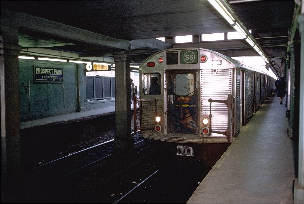 (224k, 1024x686)<br><b>Country:</b> United States<br><b>City:</b> New York<br><b>System:</b> New York City Transit<br><b>Line:</b> BMT Brighton Line<br><b>Location:</b> Prospect Park <br><b>Route:</b> Franklin Shuttle<br><b>Car:</b> R-32 (Budd, 1964)  3512 <br><b>Photo by:</b> Doug Grotjahn<br><b>Collection of:</b> Joe Testagrose<br><b>Date:</b> 4/15/1973<br><b>Viewed (this week/total):</b> 1 / 5812