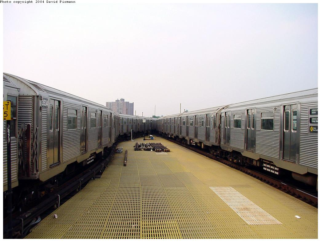 (131k, 1044x788)<br><b>Country:</b> United States<br><b>City:</b> New York<br><b>System:</b> New York City Transit<br><b>Location:</b> Coney Island/Stillwell Avenue<br><b>Route:</b> N<br><b>Car:</b> R-32 (Budd, 1964)  3534 <br><b>Photo by:</b> David Pirmann<br><b>Date:</b> 8/27/2000<br><b>Viewed (this week/total):</b> 1 / 4478