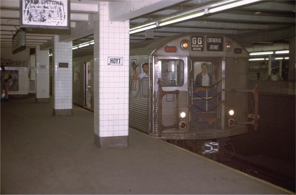 (170k, 1024x675)<br><b>Country:</b> United States<br><b>City:</b> New York<br><b>System:</b> New York City Transit<br><b>Line:</b> IND Fulton Street Line<br><b>Location:</b> Hoyt-Schermerhorn Street <br><b>Route:</b> GG<br><b>Car:</b> R-32 (Budd, 1964)  3598 <br><b>Photo by:</b> Joe Testagrose<br><b>Date:</b> 5/20/1970<br><b>Viewed (this week/total):</b> 6 / 7585