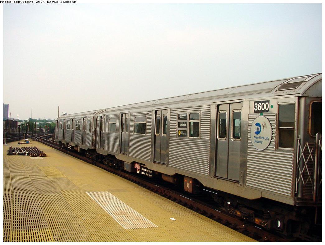 (126k, 1044x788)<br><b>Country:</b> United States<br><b>City:</b> New York<br><b>System:</b> New York City Transit<br><b>Location:</b> Coney Island/Stillwell Avenue<br><b>Route:</b> N<br><b>Car:</b> R-32 (Budd, 1964)  3600 <br><b>Photo by:</b> David Pirmann<br><b>Date:</b> 8/27/2000<br><b>Viewed (this week/total):</b> 1 / 3513