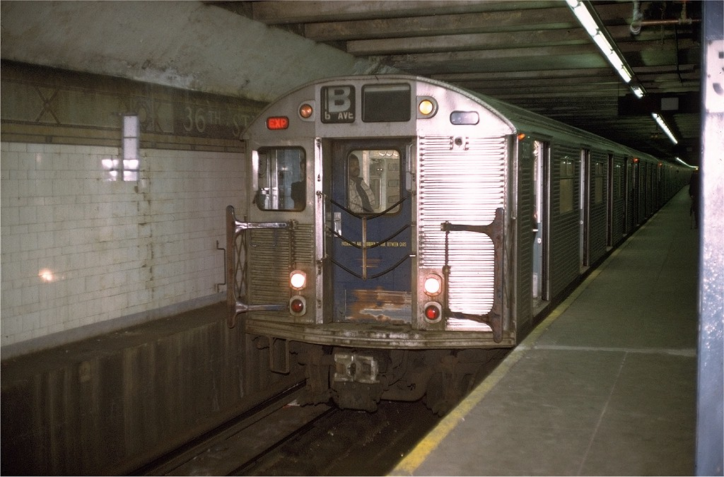 (177k, 1024x675)<br><b>Country:</b> United States<br><b>City:</b> New York<br><b>System:</b> New York City Transit<br><b>Line:</b> BMT 4th Avenue<br><b>Location:</b> 36th Street <br><b>Route:</b> B<br><b>Car:</b> R-32 (Budd, 1964)  3600 <br><b>Collection of:</b> Joe Testagrose<br><b>Date:</b> 12/23/1972<br><b>Viewed (this week/total):</b> 1 / 5688