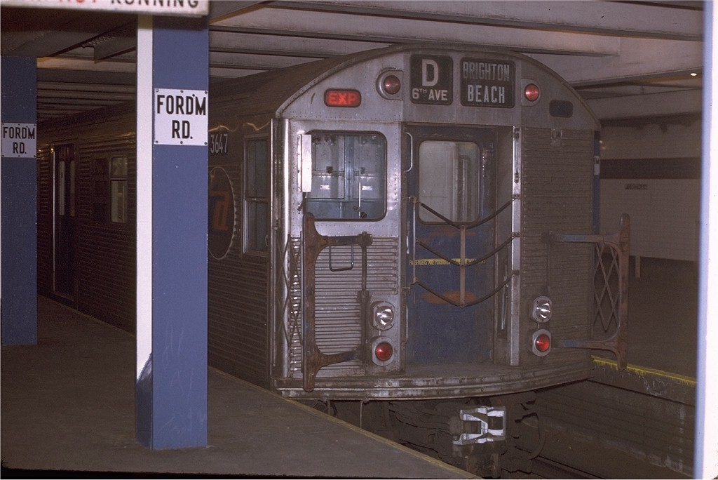 (158k, 1024x684)<br><b>Country:</b> United States<br><b>City:</b> New York<br><b>System:</b> New York City Transit<br><b>Line:</b> IND Concourse Line<br><b>Location:</b> Fordham Road <br><b>Route:</b> D<br><b>Car:</b> R-32 (Budd, 1964)  3647 <br><b>Photo by:</b> Joe Testagrose<br><b>Date:</b> 12/31/1970<br><b>Viewed (this week/total):</b> 0 / 3738