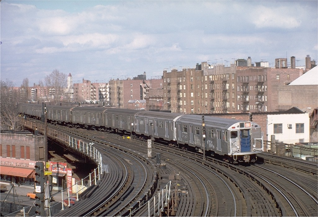 (248k, 1024x698)<br><b>Country:</b> United States<br><b>City:</b> New York<br><b>System:</b> New York City Transit<br><b>Line:</b> BMT Brighton Line<br><b>Location:</b> Brighton Beach <br><b>Route:</b> D<br><b>Car:</b> R-32 (Budd, 1964)  3668 <br><b>Photo by:</b> Steve Zabel<br><b>Collection of:</b> Joe Testagrose<br><b>Date:</b> 3/26/1982<br><b>Viewed (this week/total):</b> 2 / 6777